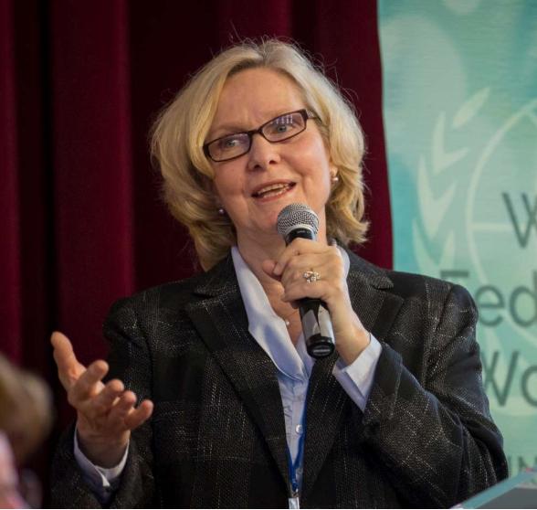 Carolyn Handschin